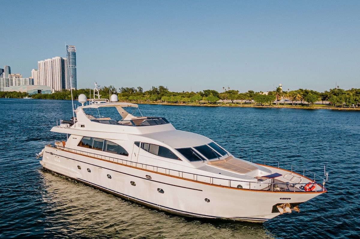 Newly Listed for sale: Falcon 86 2003