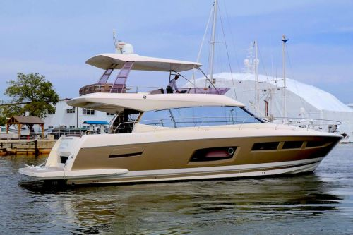 JUST SOLD: PRESTIGE 550 2016