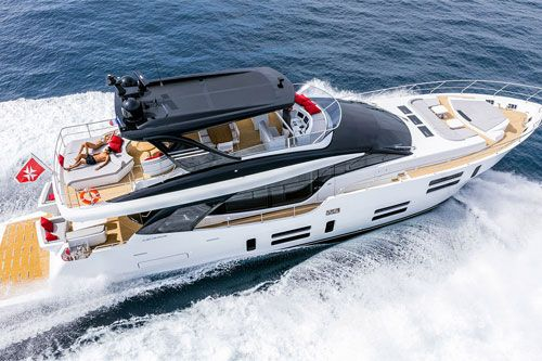 Created in 1940s on the banks of the Tiber River in Rome, Canados builds luxury, semi-custom composite yachts. Canados produce 3 different ranges of custom yachts in high-tech composites